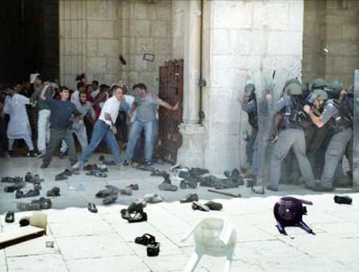 انتفاضة الأقصى | ما هي الانتفاضة الفلسطينية الثانية 2000؟