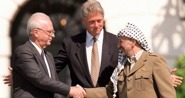 ما هي الدول العربية و الإسلامية التي عقدت اتفاقية سلام مع الكيان الصهيوني؟